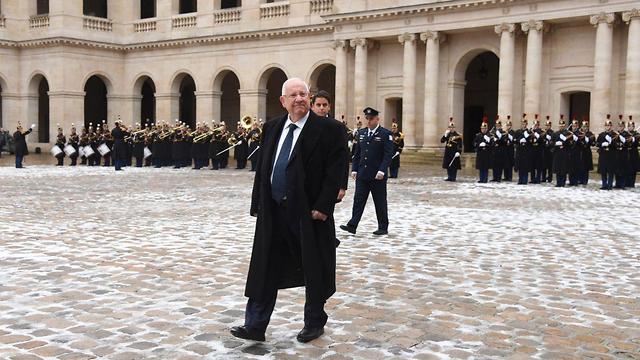 משמר כבוד לכבוד ביקור נשיא המדינה ראובן (רובי) ריבלין בארמון האליזה בפריז, צרפת (צילום: חיים צח, לע