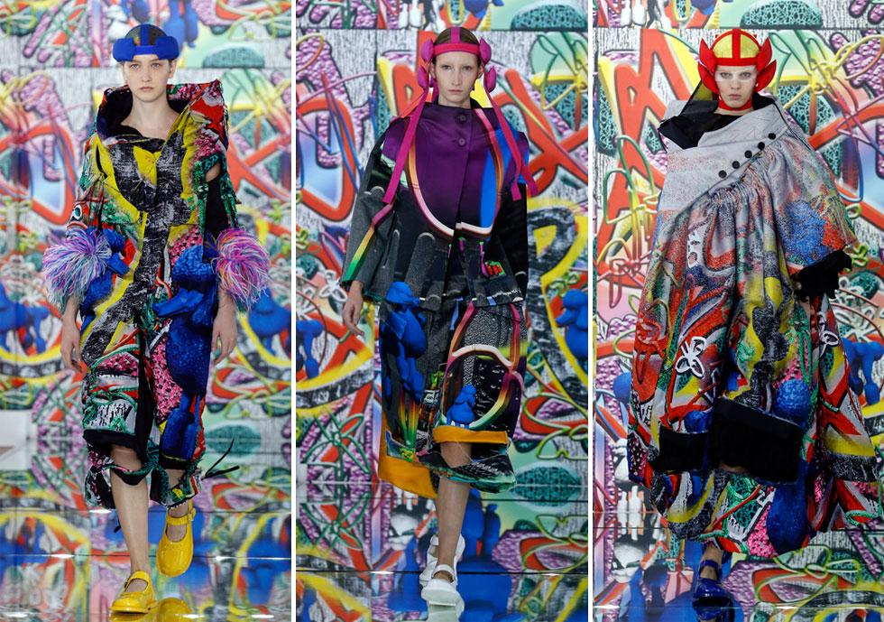 כל הטירוף האמנותי של המעצב ג'ון גליאנו התנקז לתצוגת הקוטור של מייזון מרג'יאלה, עם תפאורת גרפיטי שנוצרה על ידי צוות הסטודיו וקולקציה מטשטשת מגדר בצבעוניות שנטמעה בקיר האחורי, מה שיצר תחושה של דו ממד ההופך לתלת ממד (צילום: Thierry Chesnot/GettyimagesIL)