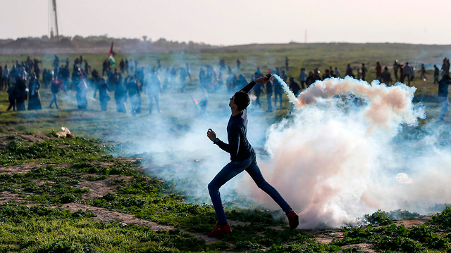Friday's Gaza border riots (Photo: AFP)