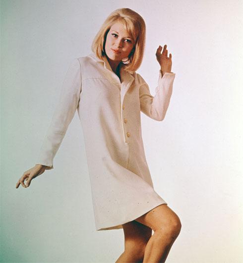 כך נראתה פיי דאנאוויי בשנת 1965. איך היא נראית היום? לחצו על התמונה לכתבה המלאה (צילום: Hulton Archive/GettyimagesIL)