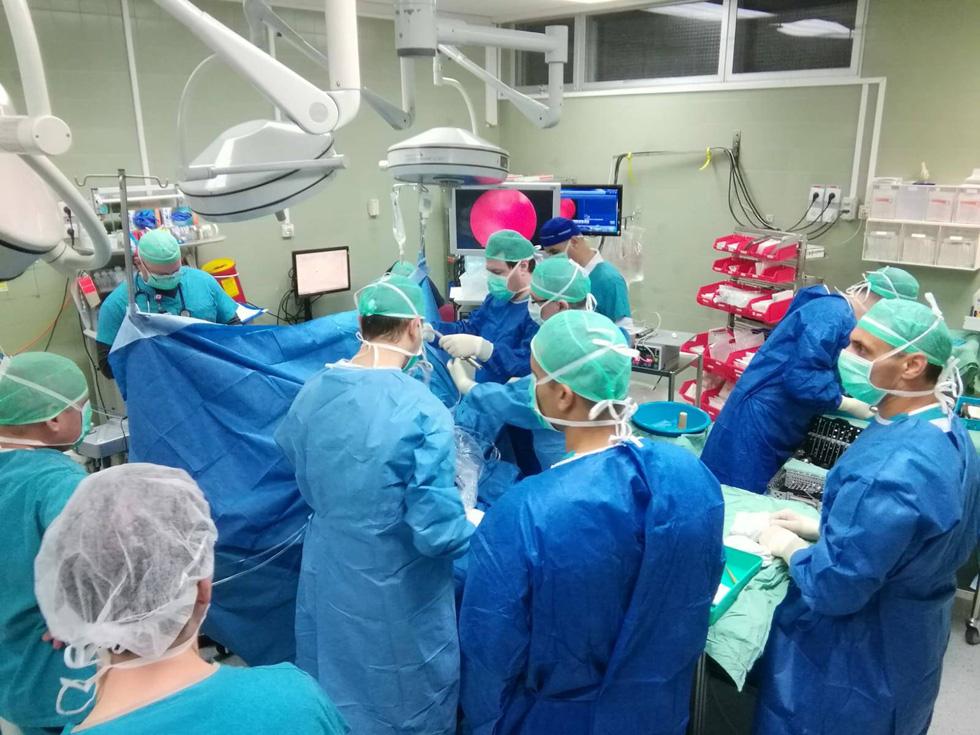"""Во время 6 операций одновременно. Фото: пресс-служба больницы """"Рамбам"""""""