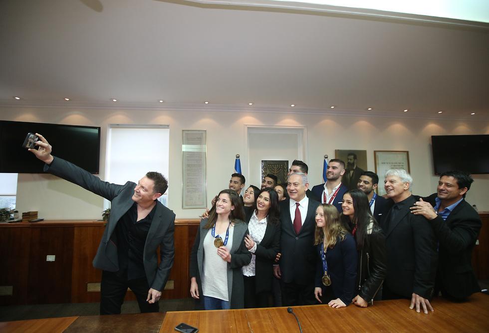 מפגש הספורטאים עם ראש הממשלה (צילום: אורן אהרוני)