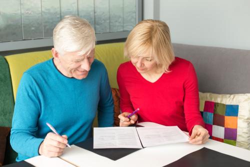 Оформите страховку для домработницы. Фото: shutterstock