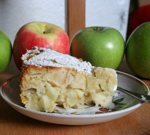 שרלוטקה - עוגת תפוחים רוסית (צילום: ילנה ויינברג)