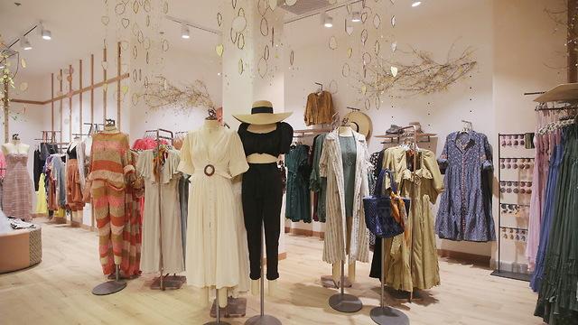 Цены  на одежду бренда в Израиле значительно выше американских
