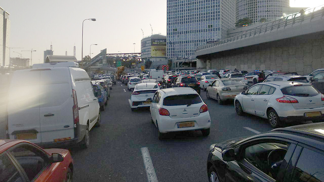 Tarffic jams on the Tel Aviv ringroad