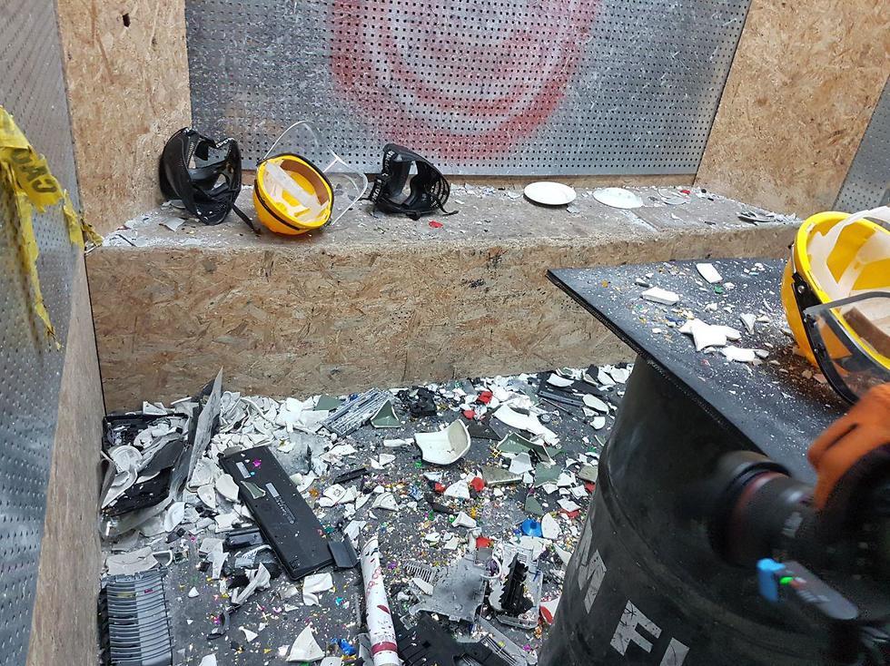 В комнате гнева 2Break. Фото: Асаф Кемер