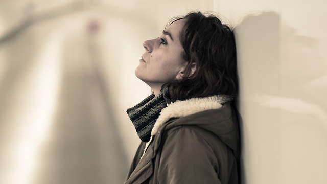 אילוסטרציה של אישה עצובה (צילום: Shutterstock)