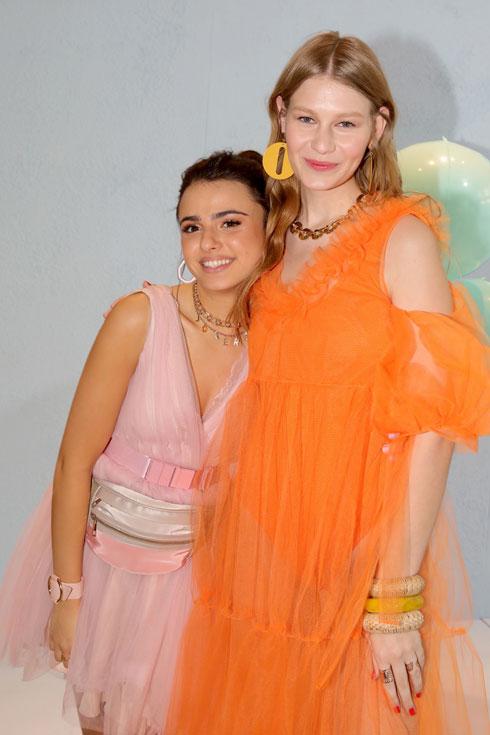 גיל הנעורים באור הזרקורים: סופיה מצ'טנר וקים אור אזולאי בראיון משותף. לחצו על התמונה לכתבה המלאה (צילום: איציק בירן)