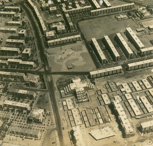 הבית המדברי, תחילת שנות ה-70. תחילתו של פרויקט יוצא דופן שלא הבשיל (צילום: אוסף אברהם אלואיל)