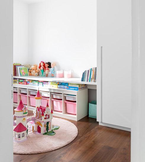 הממ''ד משמש כחדר משחקים, ובעתיד יהפוך לחדר שינה נוסף (צילום: שי אפשטיין)
