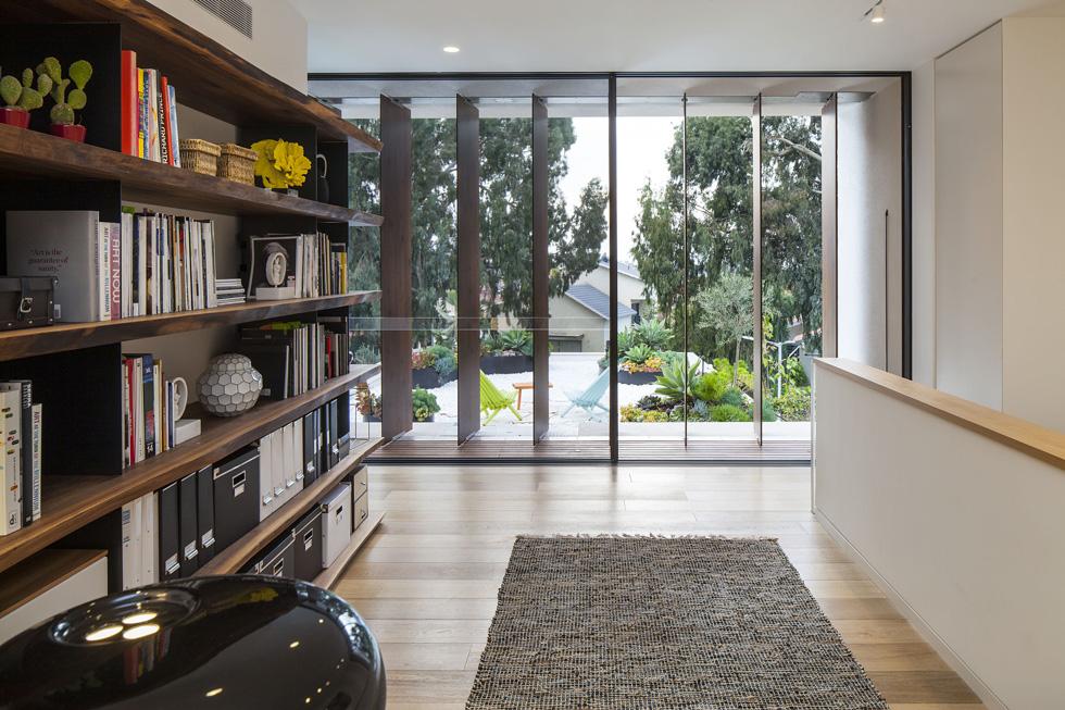 בית בעל סגנון מודרני מובהק יכול לשדר חמימות ועדיין להשאר מודרני ועדכני (צילום: עמית גרון)