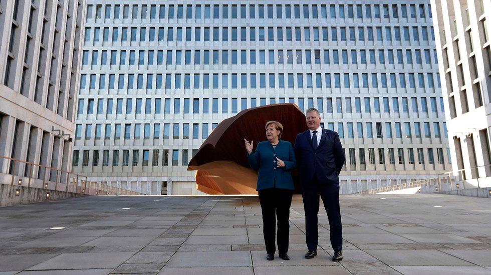 ברלין גרמניה חנכה את מטה ה ריגול הגדול בעולם BND ( צילום: רויטרס)