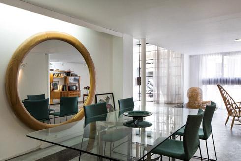 כל הרהיטים ב''פאזה הפקות'' הובאו ממשרדיהן הקודמים (צילום: שירן כרמל)