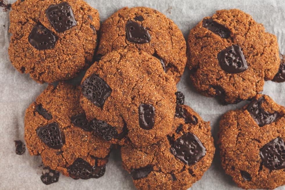 עוגיות חומוס וטחינה עם שוקולד צ'יפס (צילום: Shutterstock)