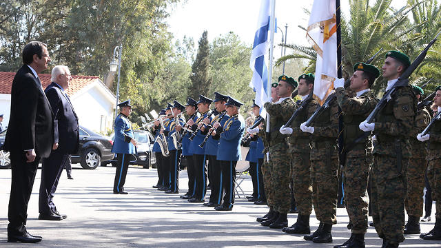 Rivlin in Cyprus