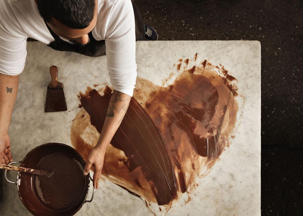 הידעתם שריח השוקולד מרגיע וגם גורם לנו להיות נחמדים יותר?  (צילום: Shutterstock)