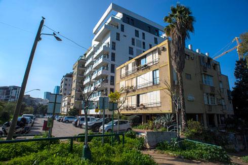 אימפריית התמ''א הורסת בשיטתיות מבנים ישנים לטובת מבנים גבוהים יותר. לצד פתרונות הדיור, יש פגיעה של ממש בצביון העיר ובאיכות החיים (צילום: יובל חן)