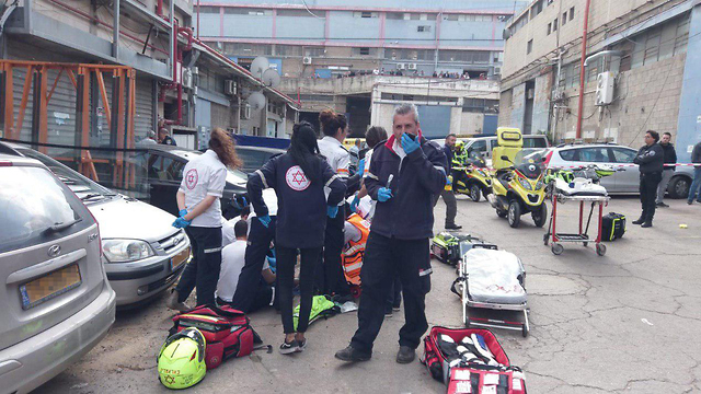 פצוע באורח קשה באירוע ירי בחולון ()