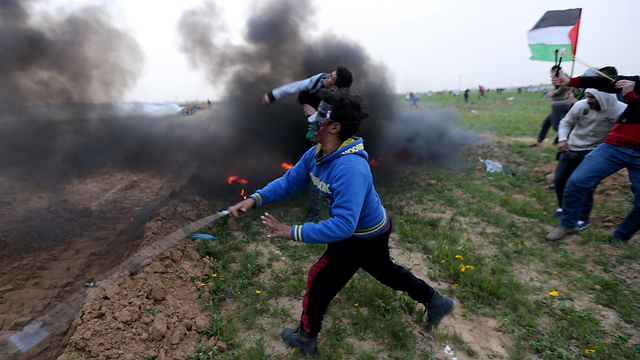 Clashes along the Gaza border (Photo: Reuters)