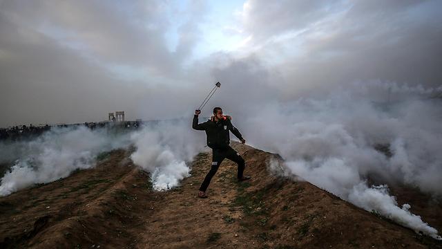 מהומות רצועת עזה גבול יום שישי (צילום: EPA)