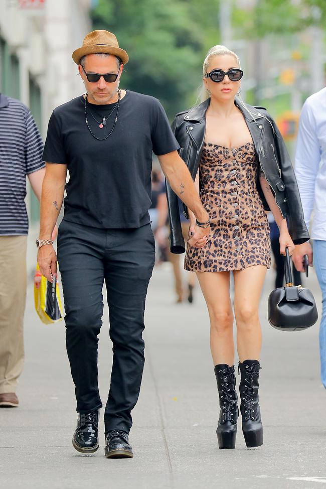 חשבנו שהפעם זה לתמיד. ליידי גאגא וכריסטיאן קרינו (MEGA)