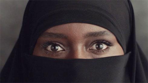 טהוניה רובל בקמפיין של הודיס (צילום: אייל נבו להודיס)