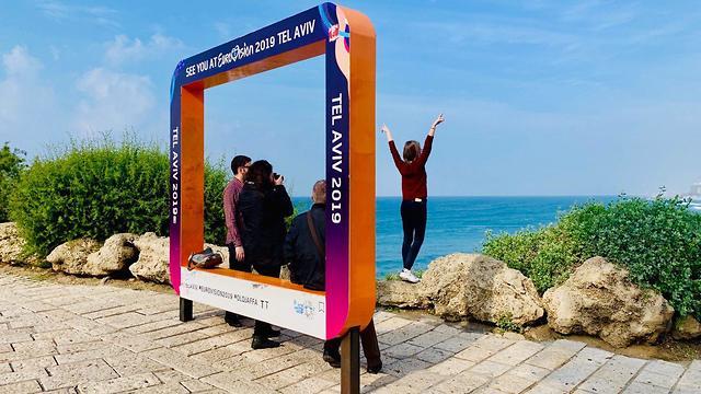תיירים בתל אביב-יפו (צילום: שירי הדר)