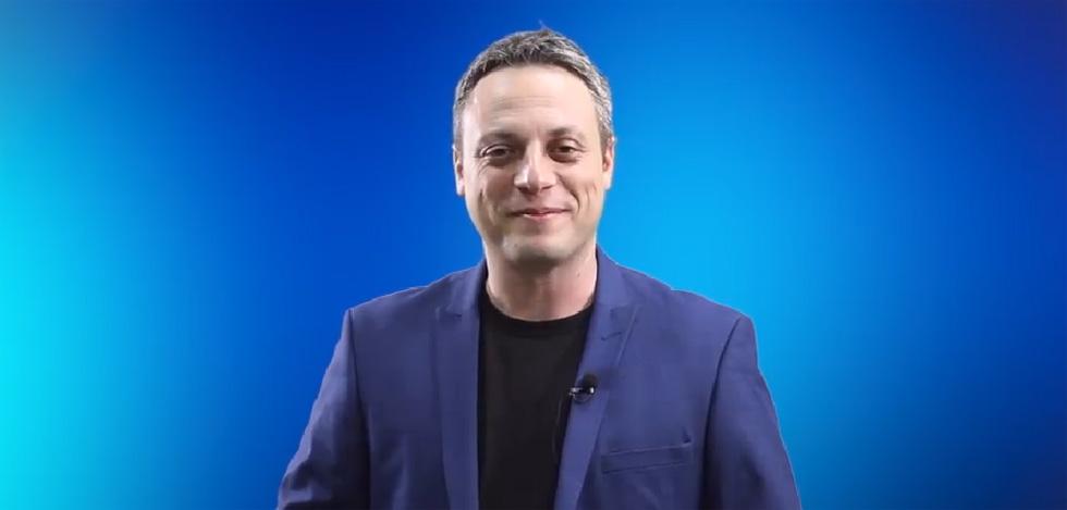 Илья Аксельрод. Кадр видеообращения