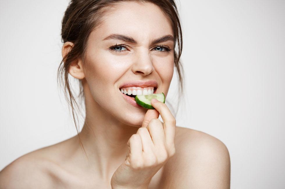 לדיאטות יש השפעה לא רק על משקל הגוף ועל מידת הג'ינס, אלא גם על מצב הפה והשיניים (צילום: Shutterstock)