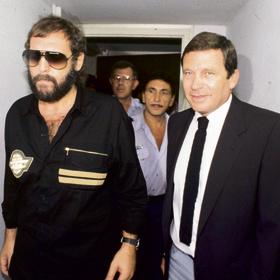 """עם רוני ליבוביץ, ה""""אופנובנק"""". ייצג אותו רק בתנאי שיחזיר את כל הכסף שגנב"""