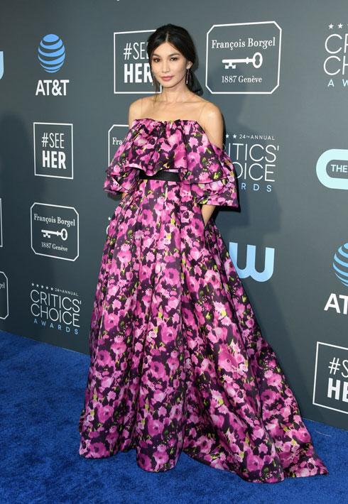 מדליית ארד: על השחקנית ג'מה צ'אן הימרנו כבר בתחילת השנה כמי שצפויה לכבוש את השטיחים האדומים. כאן היא בשמלת פרחים אביבית, צבעונית וקלילה של ג'ייסון וו  (צילום: Jon Kopaloff/GettyimagesIL)