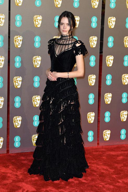 מדליית כסף: השחקנית סטייסי מרטין מציגה דרמה גותית אפלה בשמלת ערב שחורה של כריסטיאן דיור (צילום: Pascal Le Segretain/GettyimagesIL)