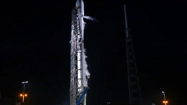 "Старт ракеты-носитeля Falcon 9 с аппаратом ""Берешит"". Фото: Space X"