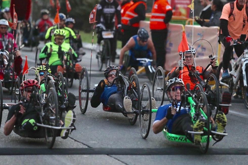 מרוץ אופני היד לנכים (צילום: אורן אהרוני)