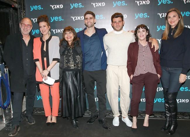 צוות השחקנים (צילום: ענת מוסברג)