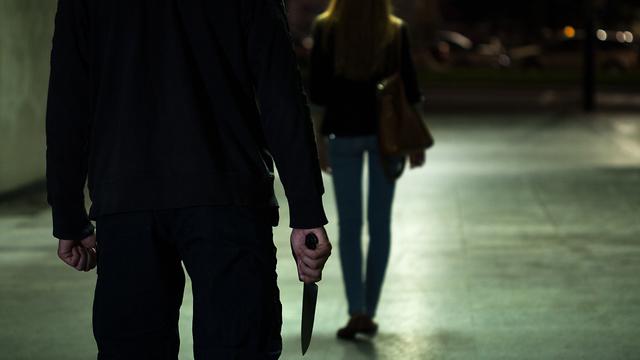 אילוסטרציה רצח אישה על ידי גבר (צילום: shutterstock)