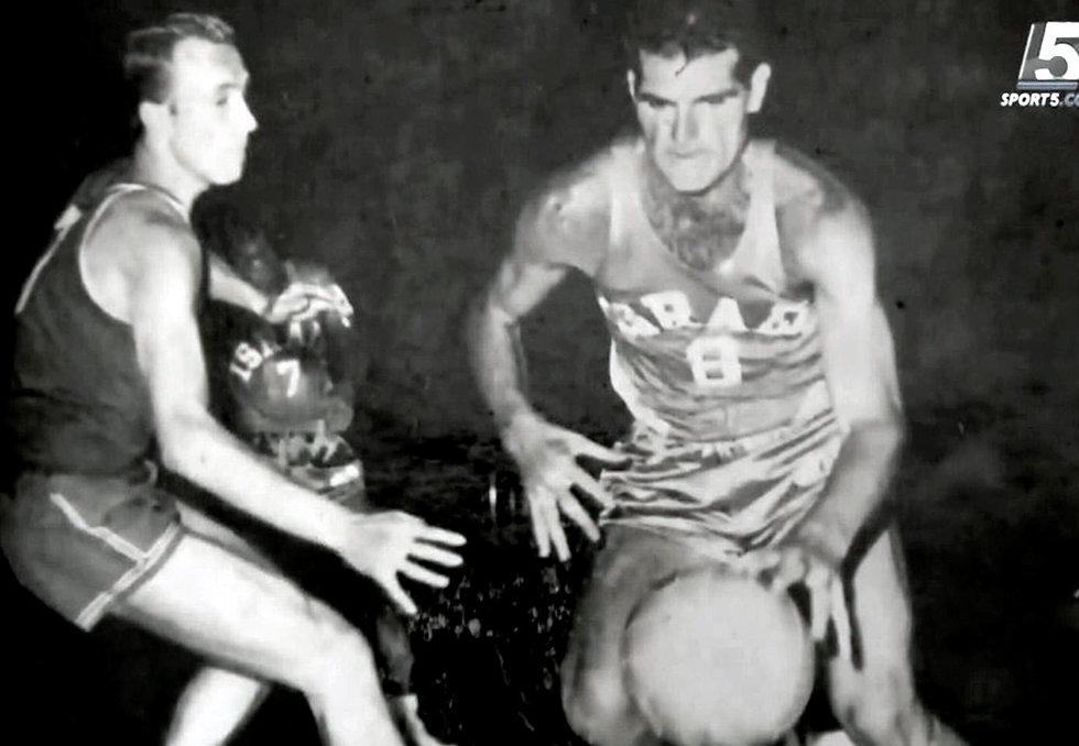 Abraham Hemo playing professional basketball