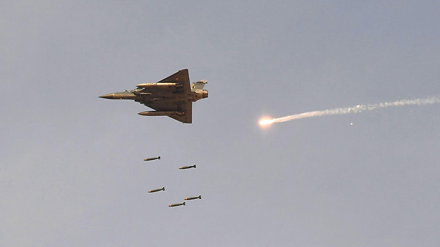 An Indian Air-Force jet in action (Photo: AFP)