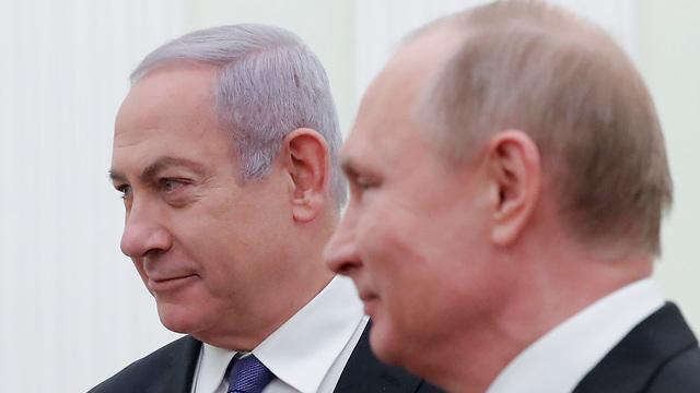 הפגישה בין ראש הממשלה בנימין נתניהו לנשיא רוסיה ולדימיר פוטין במוסקבה (צילום: AFP)