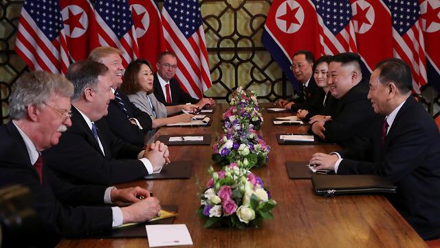 The American and N. Korean representatives at the Hanoi summit (Photo: Reuters)