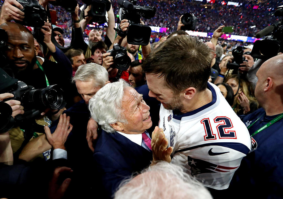 Robert Kraft with NFL star Tom Brady (Photo: Reuters)