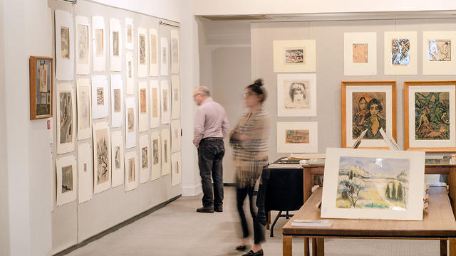 The works collected by Ismar Littmann being offered Tuesday, March 5, 2019, at Swann are mostly drawings, etchings and lithographs