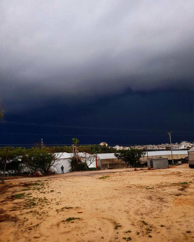 עננים בכפר הס (צילום: יאיר שגיא)