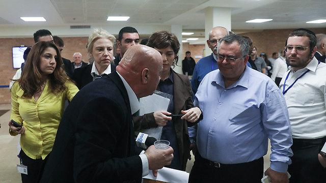 ועדת הבחירות (צילום: אוהד צויגנברג)