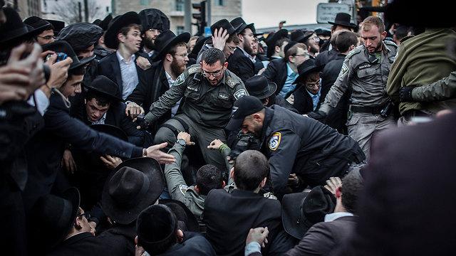 Протест харедим против призыва. Фото: МСТ