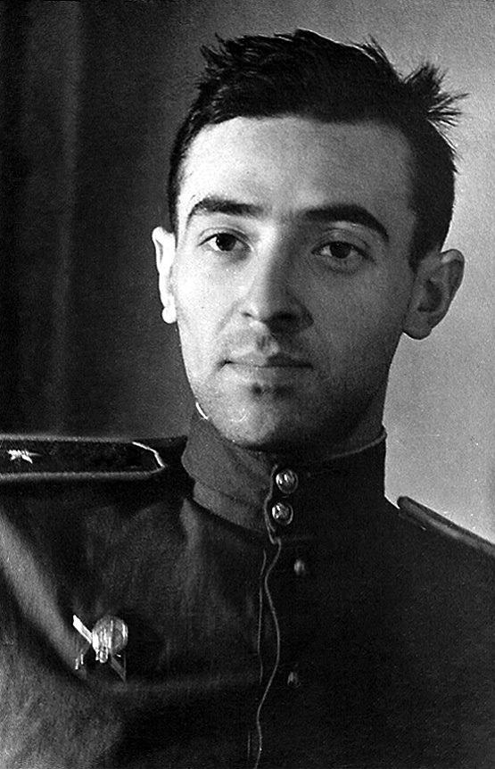 Владимир Этуш во время войны. Фото: Википедия