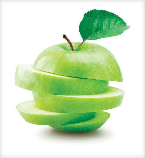 נמצא שעצם הנגיסה בתפוח טובה לשיניים (צילום: Shutterstock)