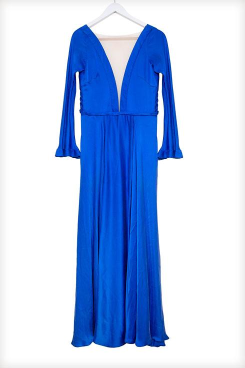 אחת השמלות הראשונות שיצרה עזרן כמעצבת (צילום: ענבל מרמרי)