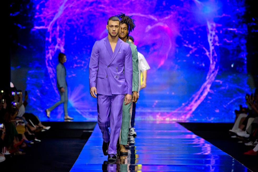 תצוגת בגדי הגברים של באמוס סקוור בשבוע האופנה בתל אביב (צילום: ענבל מרמרי)